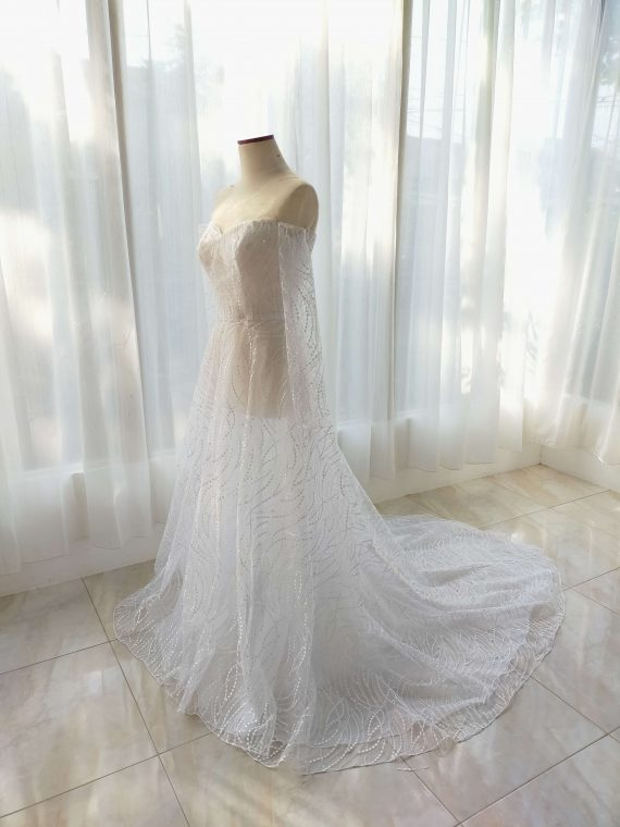 long sleeves wedding dress by ivone sulistia